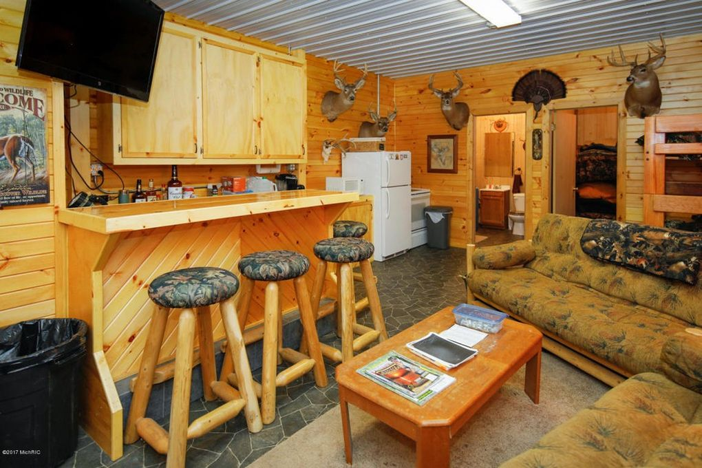 Camp Living Quarters